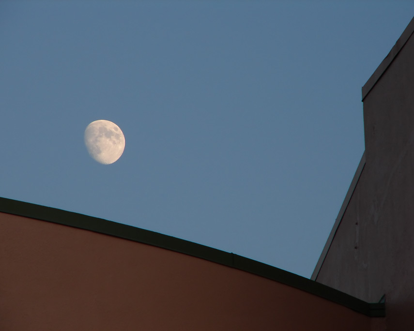 Moonrise over Hollywood theater, Portland, OR, Andrew D. Barron©11/6/11
