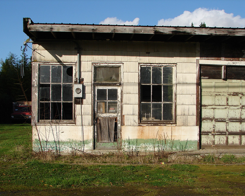 Garage, Vancouver outskirts, WA, Andrew D. Barron©11/23/11