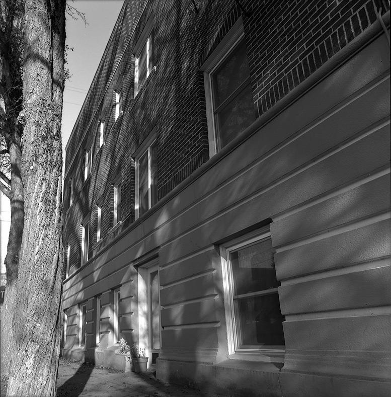 4010 NE Hancock Street, Hollywood, Portland OR, Andrew D. Barron©12/11/11 [Hasselblad 500c/m, Tmax400]