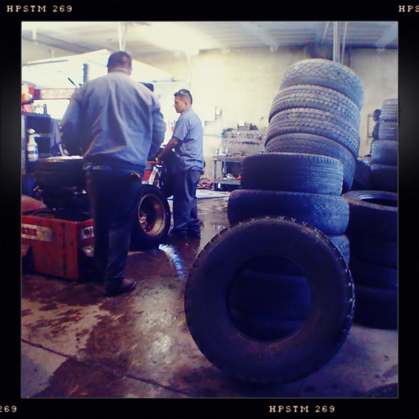 Ray's Tire exchange, Andrew D. Barron©6/8/11