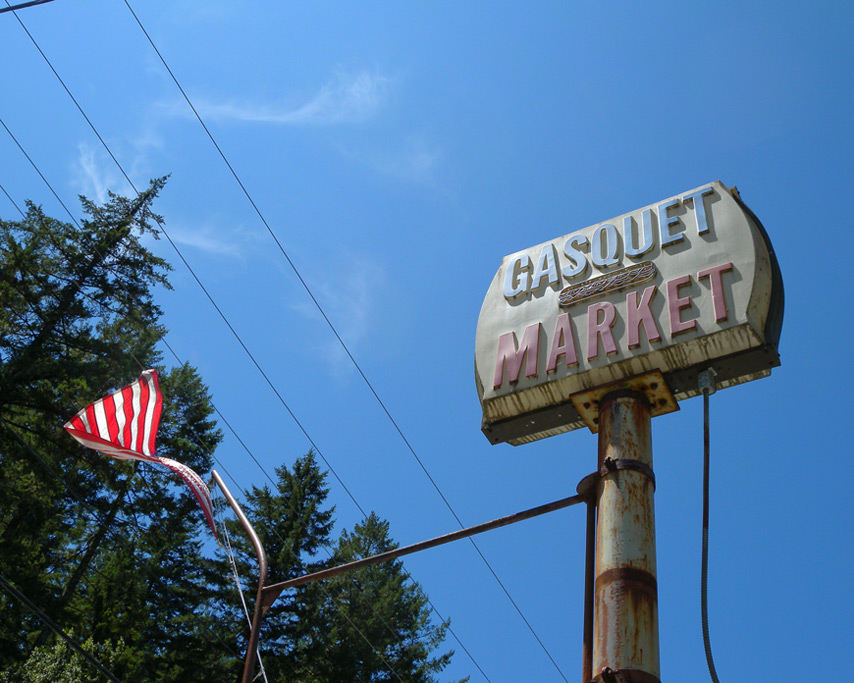 Gasquet market, CA, Andrew D. Barron©7/21/11